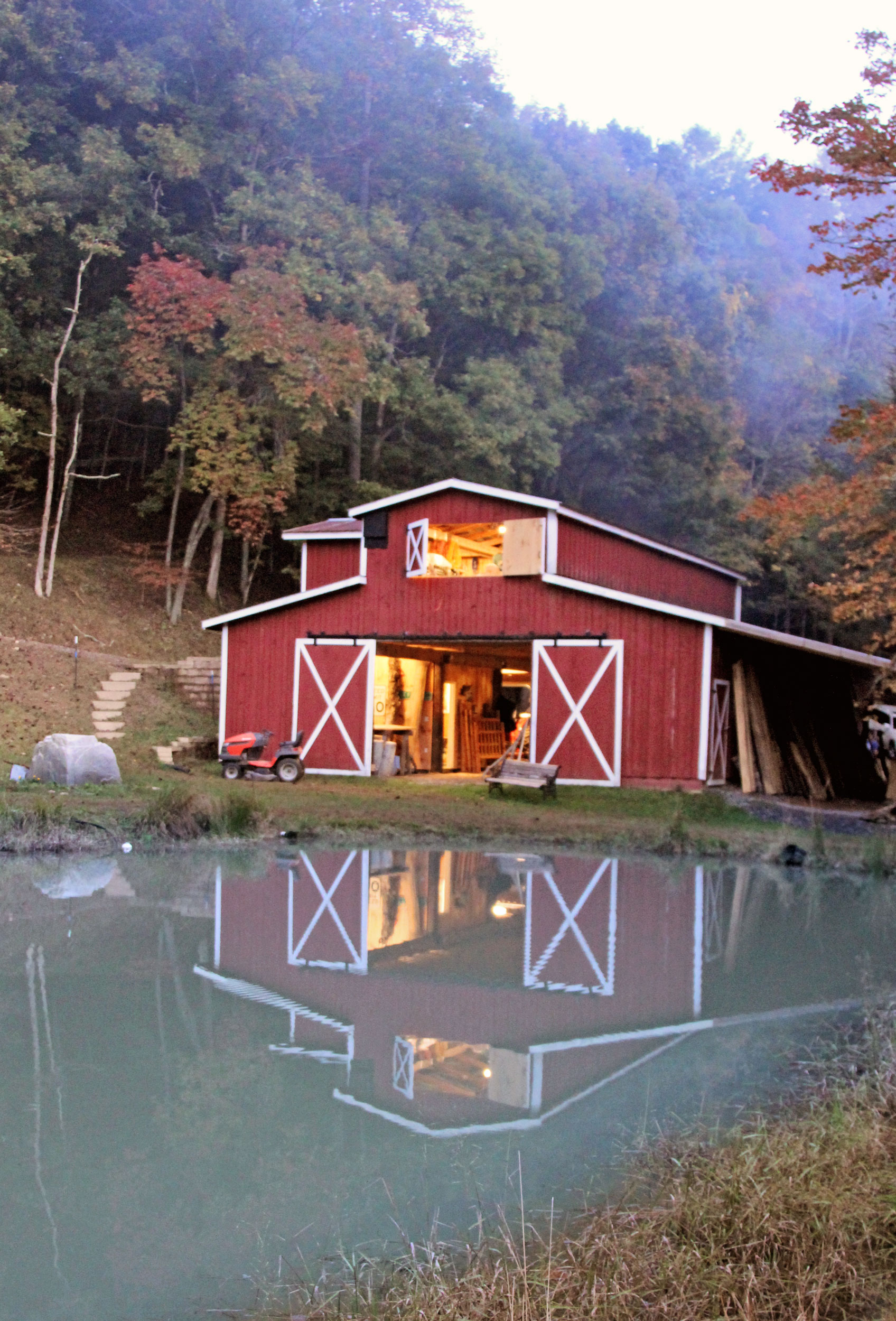 wcf-red-barn-pond-v